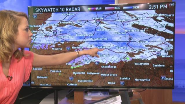Snow moving into parts of East Tennessee