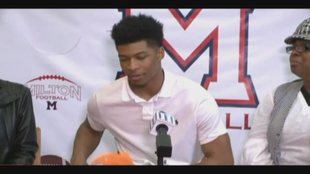 Four-Star LB Quart'e Sapp picks Tennessee