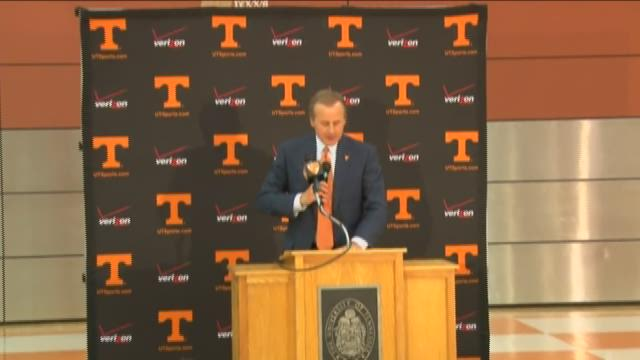 Full video: Rick Barnes introduced as Vols new basketball coach