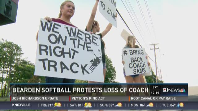 Bearden softball protests loss of coach