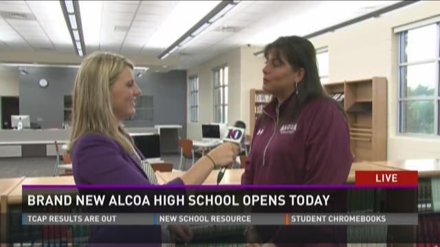 Brand new Alcoa High School opens